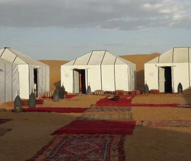 Luxury desert tour to Sahara